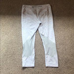 Lulu crop running pants